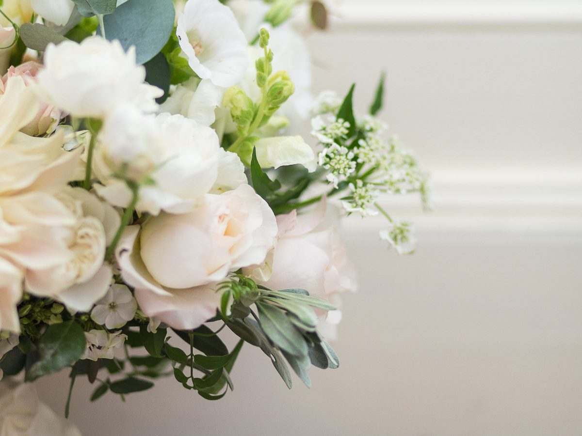 Borris House wedding brides bouquet roses dahlias white peach blush eucalyptus